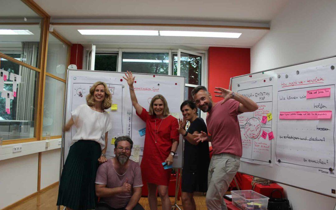 Green Monkey Club positioniert Styling Sprays mit Design Thinking